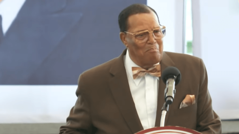 Alt-Right Blames Farrakhan For Synagogue Shooting