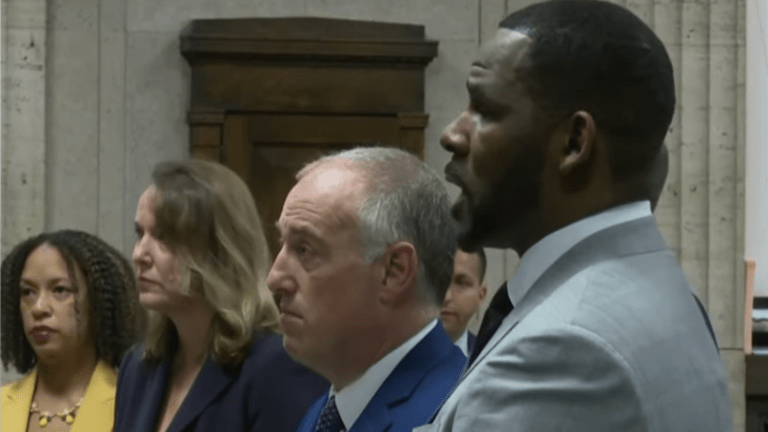 R. Kelly Meets with Michael Jackson's star lawyer Tom Mesereau