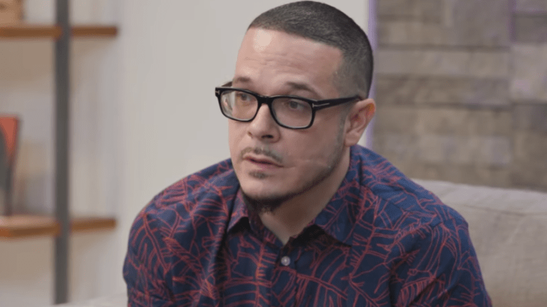 Rihanna to Honor Activist Shaun King at her annual Diamond Ball