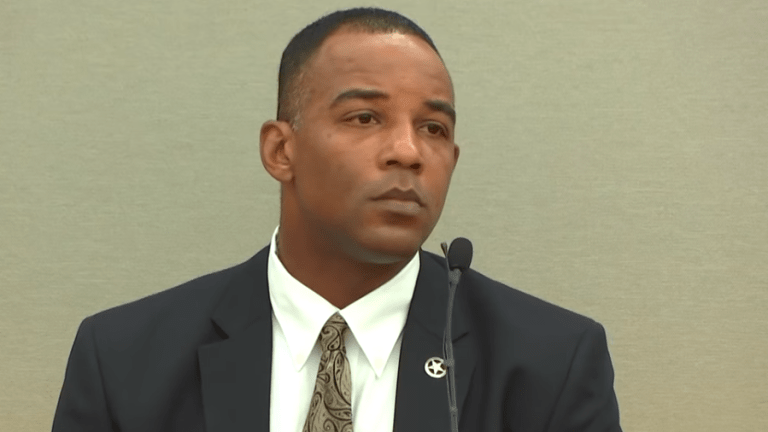 Texas ranger defends Amber Guyger's killing of Botham Jean