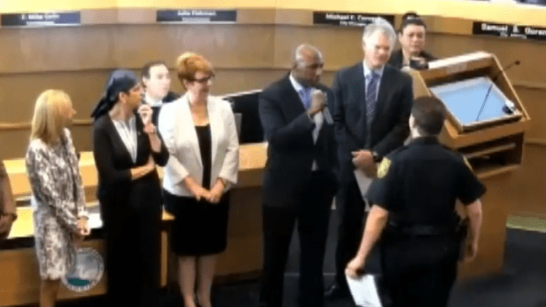 Florida official confronts Deputy at awards ceremony: 'You're a bad police officer'