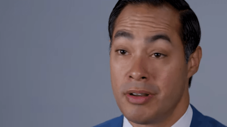 Julián Castro accuses media of holding Black presidential candidates to different standards