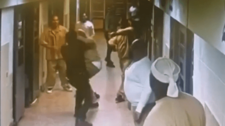 Assault on Two Correction Officers at Rikers Island Caught on Camera