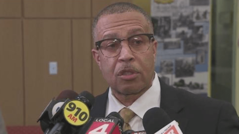 Detroit Police Chief denies being a 'Sambo' after being handed award by activists