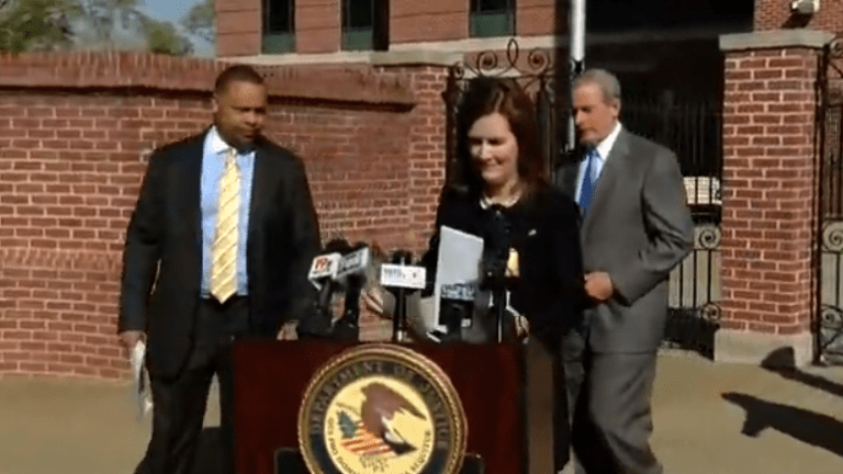SC police chief charged with taking bribes to falsify immigration docs to protect drug dealers
