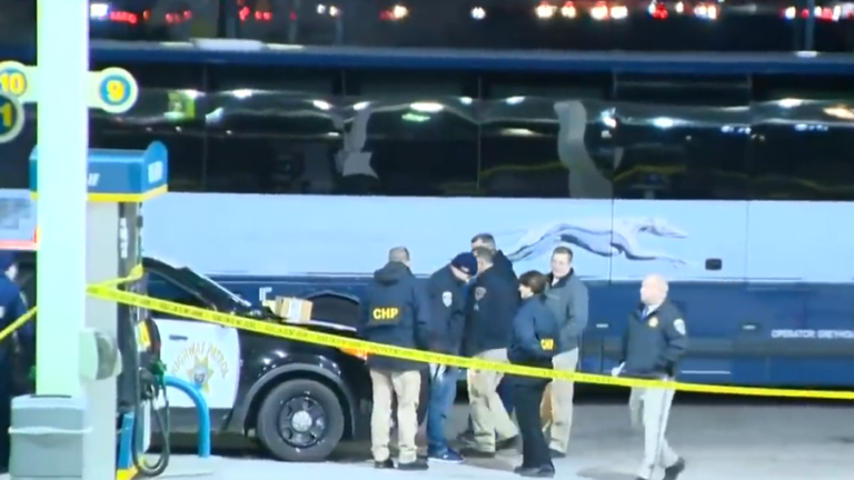 1 killed, 5 injured in deadly shooting on Greyhound bus