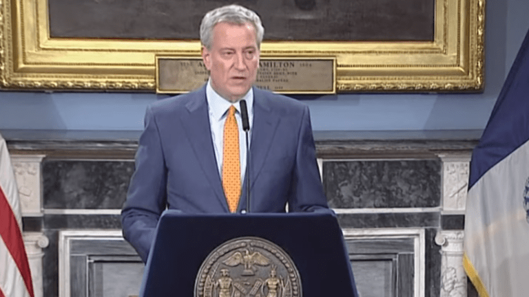 De Blasio urges Trump to activate Defense Production Act for medical supplies
